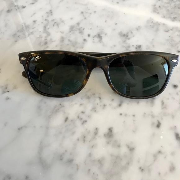 Ray-Ban Other - Ray Ban Wayfarer Sunglasses